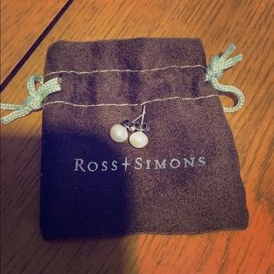 Ross and simons pearl stud earrings